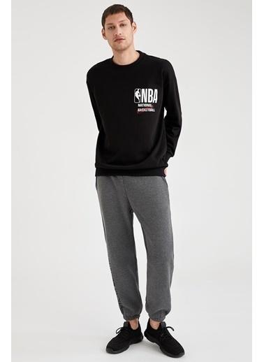Defacto –Fit NBA Lisanslı Oversize Fit Sırtı Baskılı Sweatshirt Siyah